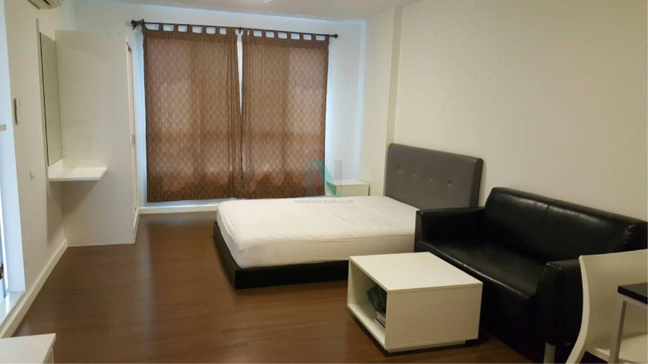 NOPPON REAL ESTATE CO.,LTD. Agency's For rent D Condo Sathupradit 49 STUDIO 1st Floor Building A near BRT Wat Dan . 1