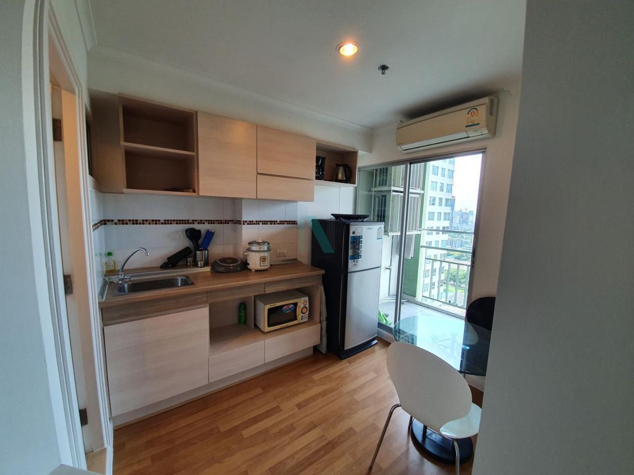 NOPPON REAL ESTATE CO.,LTD.  Agency's For rent Lumpini Place Rama 4 - Kluaynamthai 1 bedroom 24th floor near BTS Ekkamai. 5