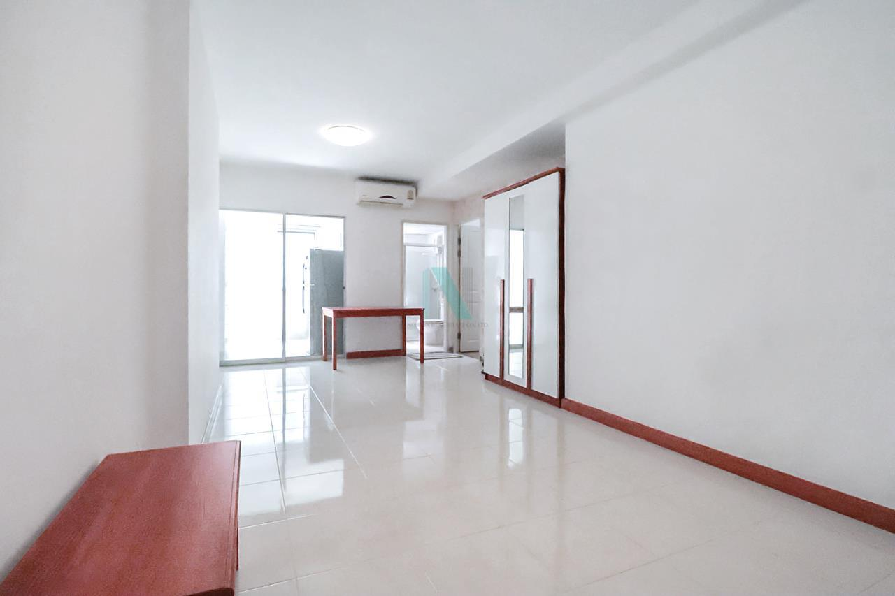 NOPPON REAL ESTATE CO.,LTD. Agency's For rent Supalai Park Tiwanon Intersection 1 bedroom 7th floor Building 1. 4