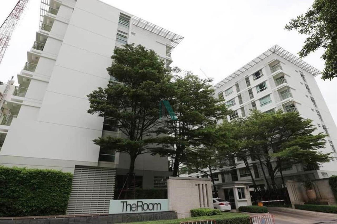 NOPPON REAL ESTATE CO.,LTD. Agency's For rent The Room Sukhumvit 79 STUDIO Floor 7 Building B near BTS On Nut. 8