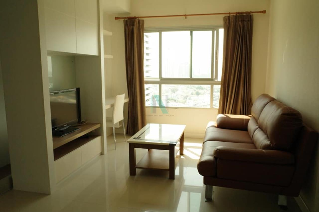 NOPPON REAL ESTATE CO.,LTD.  Agency's For rent Q House Sathorn 1 bedroom 24th floor near BTS Krung Thon Buri. 1
