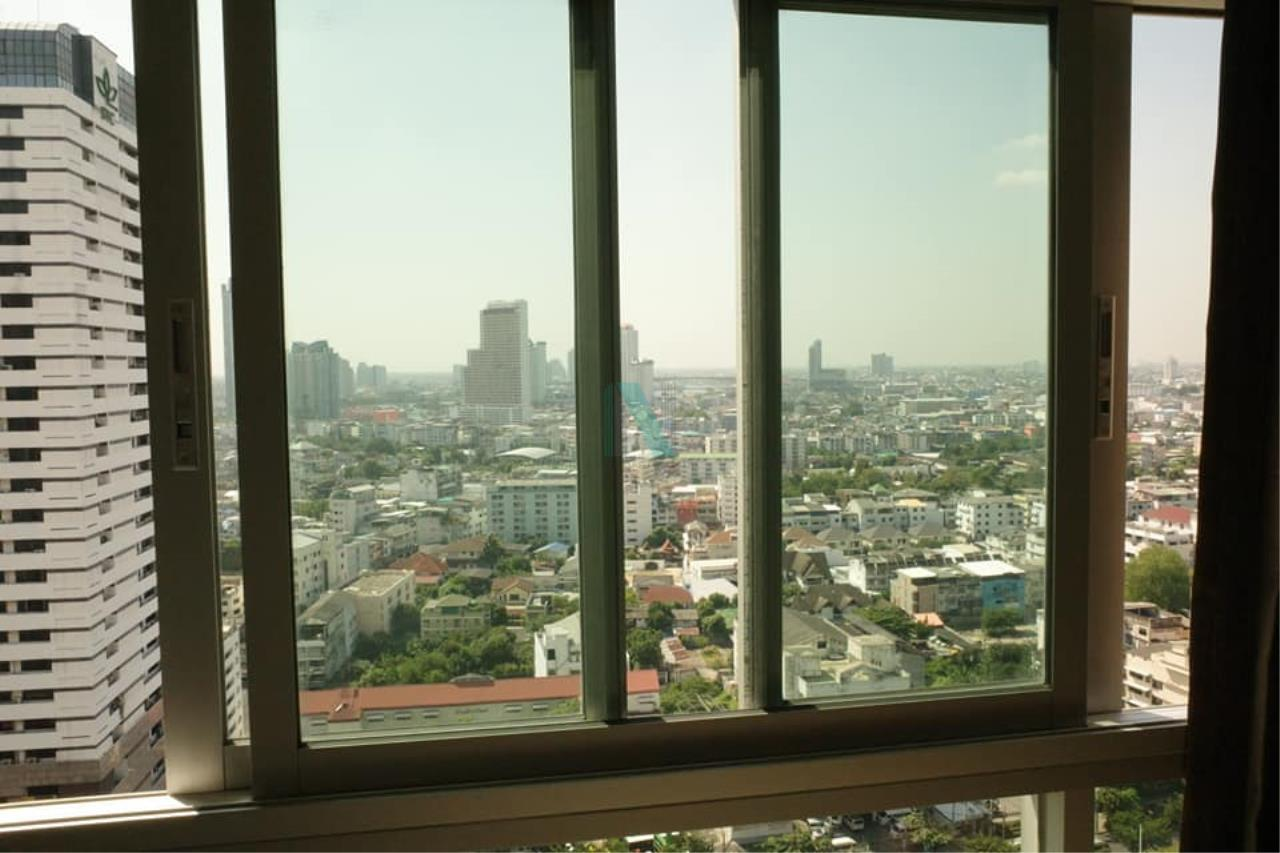 NOPPON REAL ESTATE CO.,LTD.  Agency's For rent Q House Sathorn 1 bedroom 24th floor near BTS Krung Thon Buri. 4