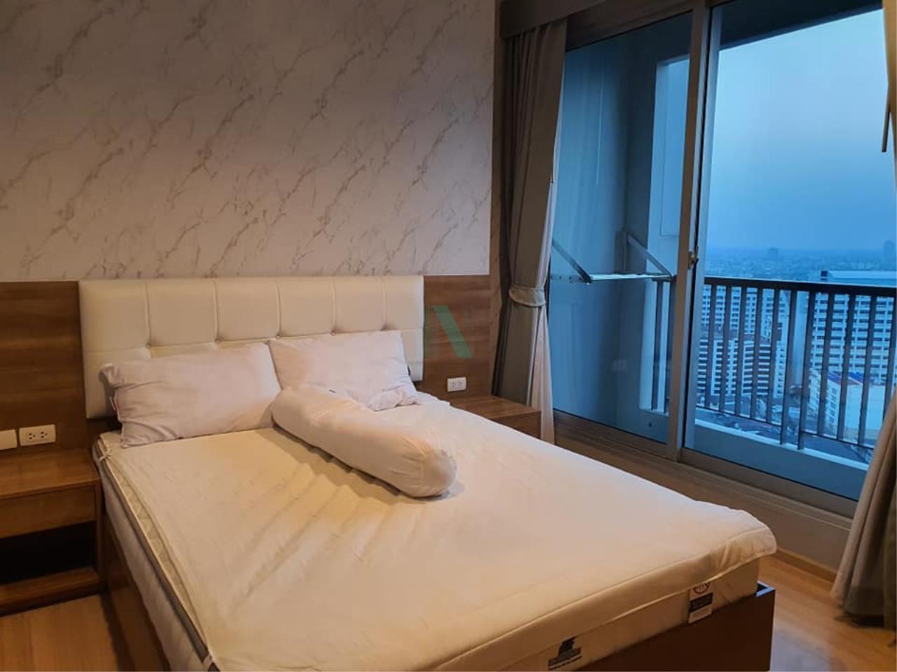 NOPPON REAL ESTATE CO.,LTD.  Agency's For rent Rhythm Sathorn 1 bedroom Floor 22 Building S near BTS Saphan Taksin. 4