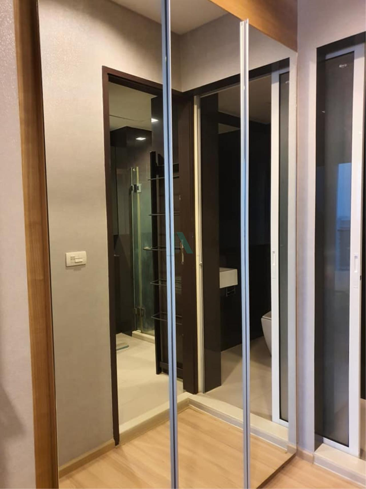 NOPPON REAL ESTATE CO.,LTD.  Agency's For rent Rhythm Sathorn 1 bedroom Floor 22 Building S near BTS Saphan Taksin. 5