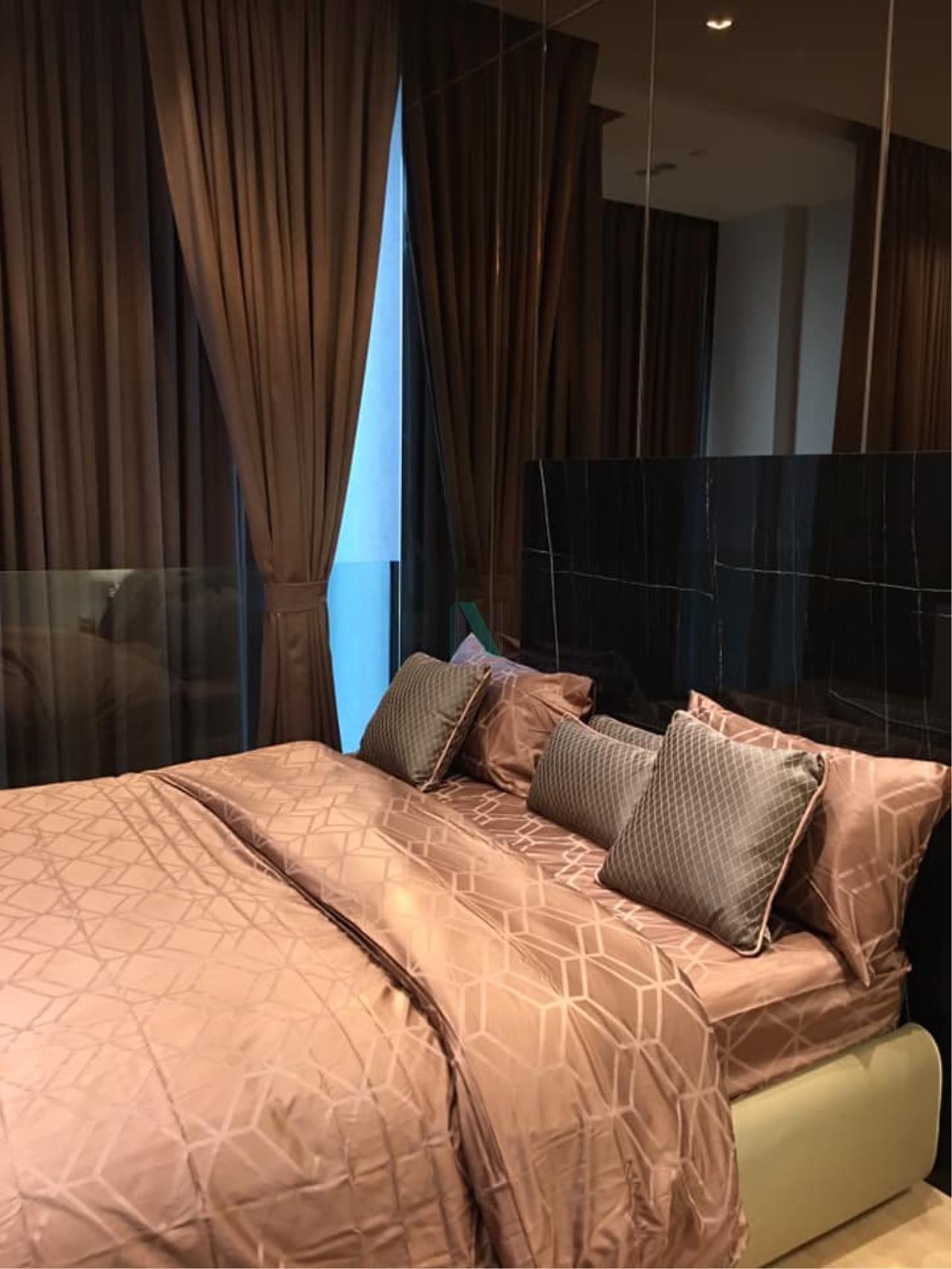 NOPPON REAL ESTATE CO.,LTD.  Agency's For Rent 28 CHIDLOM DUPLEX 1 Bedroom Floor 16 near BTS Chit Lom. 7
