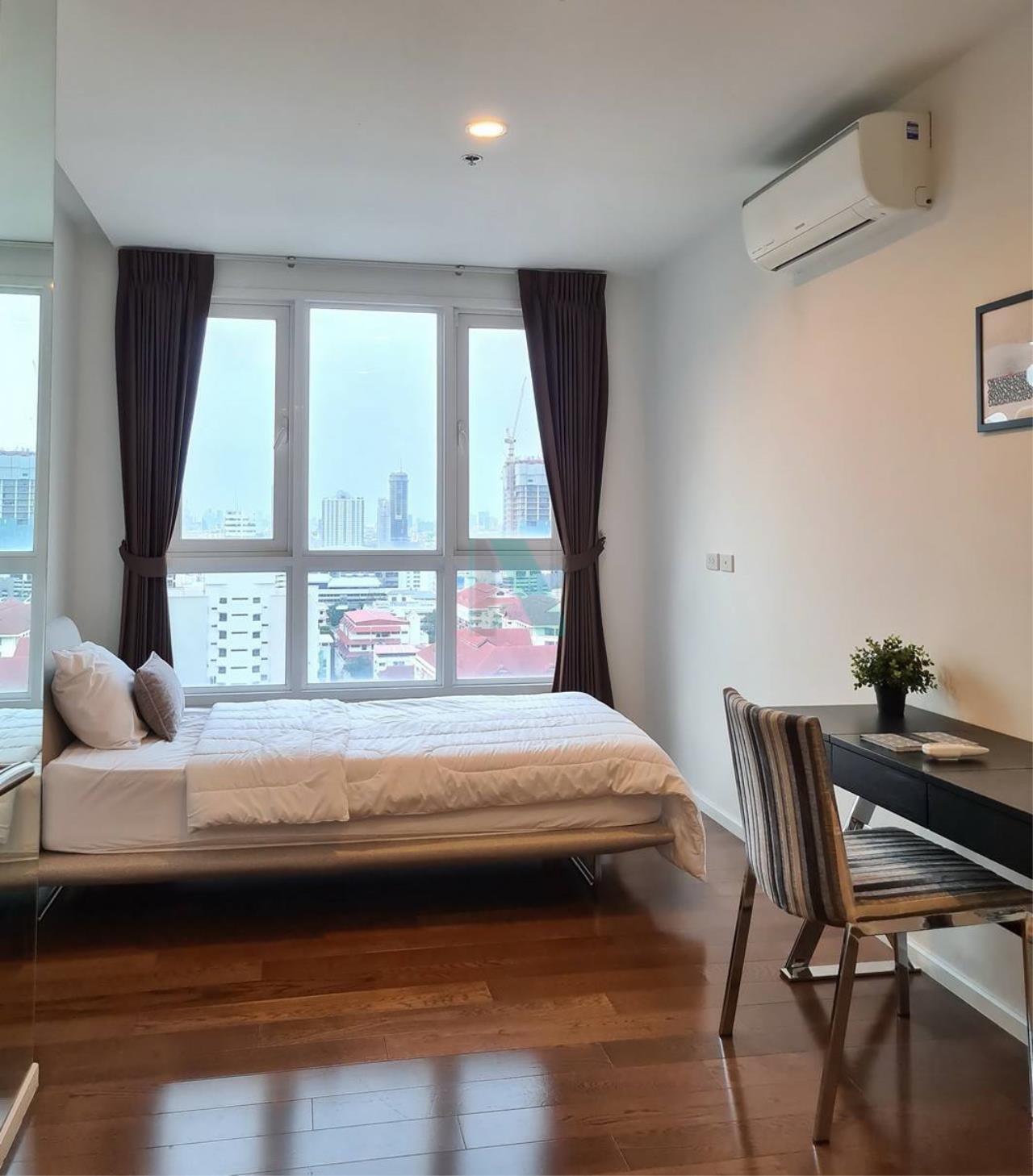 NOPPON REAL ESTATE CO.,LTD. Agency's For rent 15 Sukhumvit Residences 2 bedrooms, 20 floor, near BTS Nana. 6