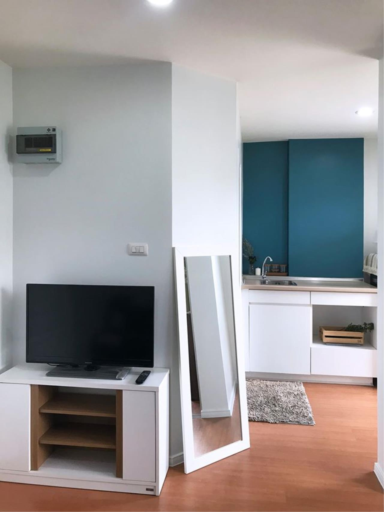 Agent Thawanrat Agency's Condo for rental LUMPINI CONDOTOWN NIDA – SEREETHAI 1 bedroom,1 bathroom. size 23 sqm.Floor 32 th. fully furnished Ready to move in 4