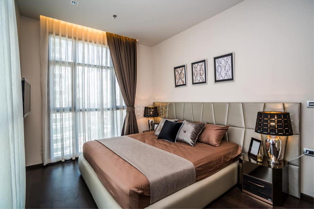 Agent Thawanrat Agency's Condo for rental THE XXXIX SUKHUMVIT 39 Near BTS.Phrom Phong. 1 bedroom,1 bathroom. size 55 sqm.Floor 19 th. fully furnished Ready to move in 1