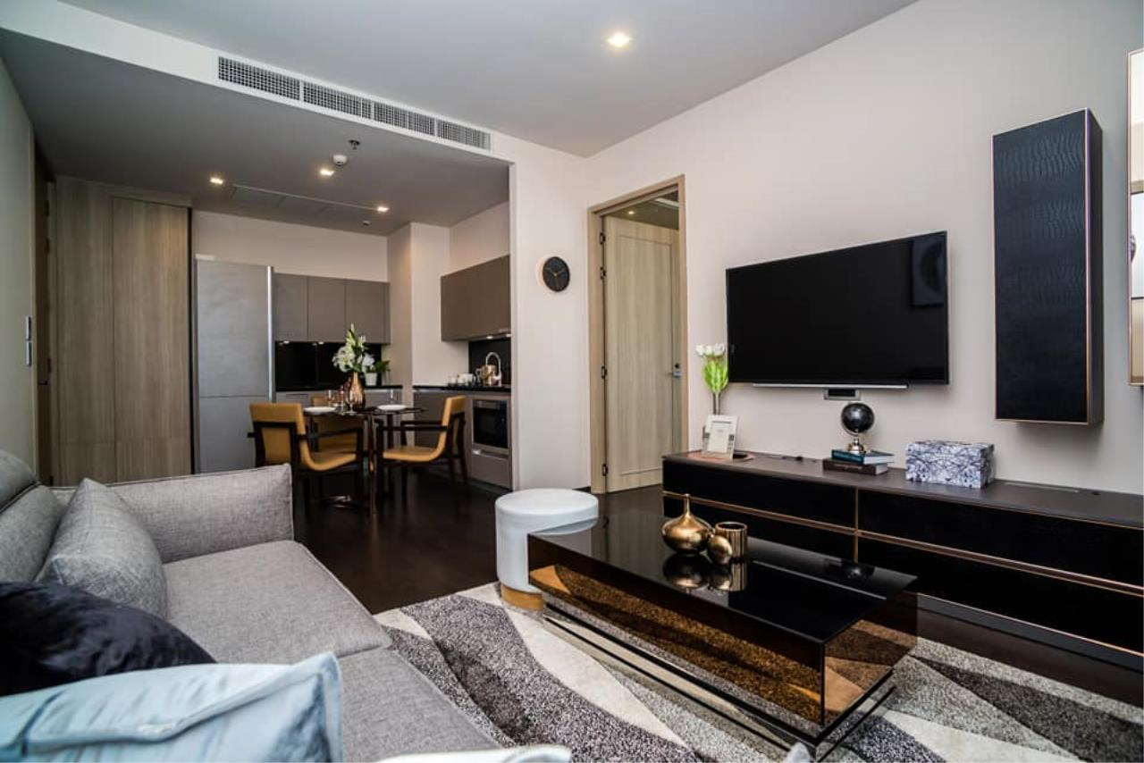 Agent Thawanrat Agency's Condo for rental THE XXXIX SUKHUMVIT 39 Near BTS.Phrom Phong. 1 bedroom,1 bathroom. size 55 sqm.Floor 19 th. fully furnished Ready to move in 6
