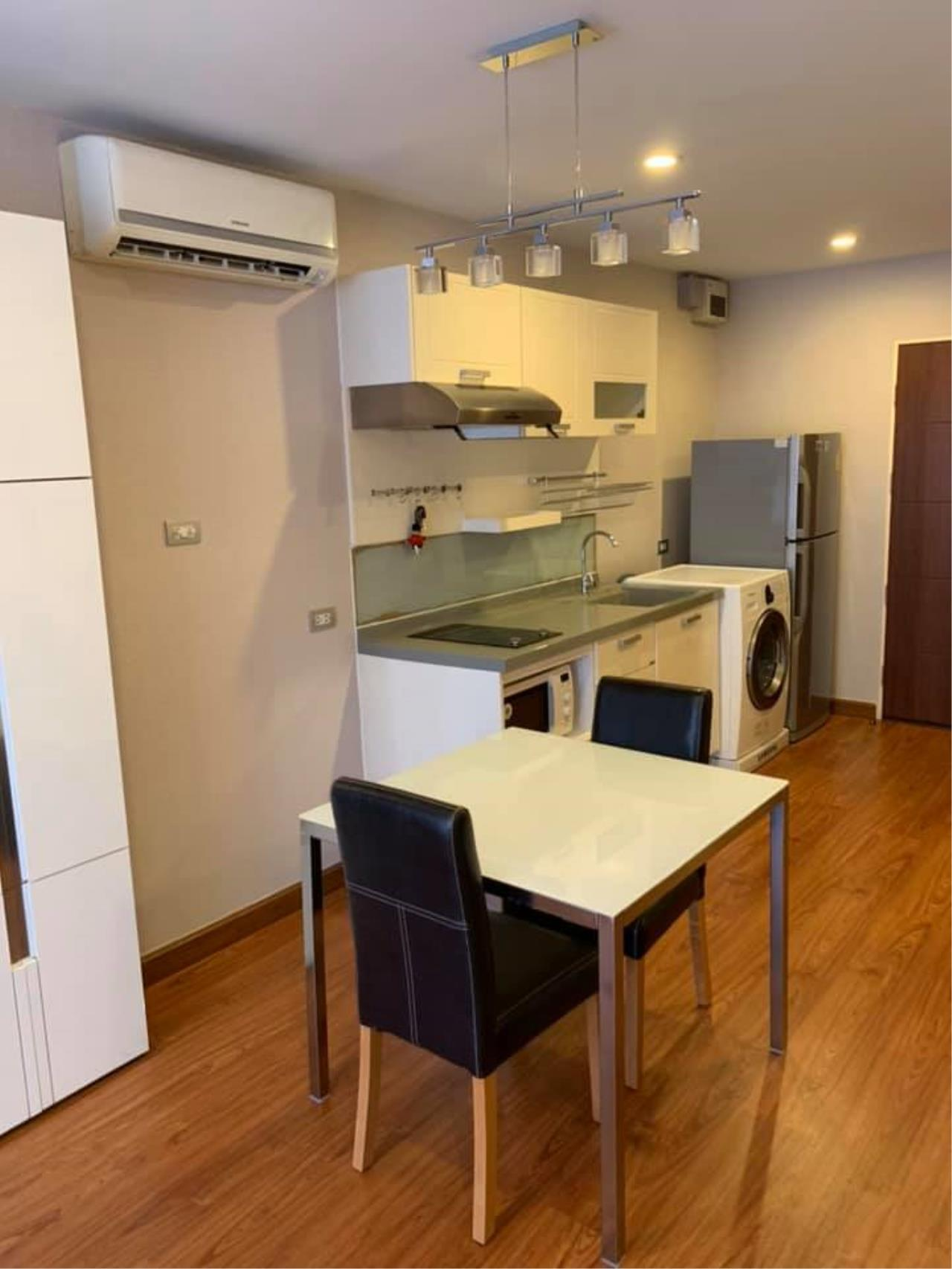 Agent Thawanrat Agency's Condo for rental TOURMALINE GOLD SATHORN – TAKSIN Near BTS.Krung Thon Buri. 1 bedroom,1 bathroom. size 40 sqm.Floor 10 th. fully furnished Ready to move in 4
