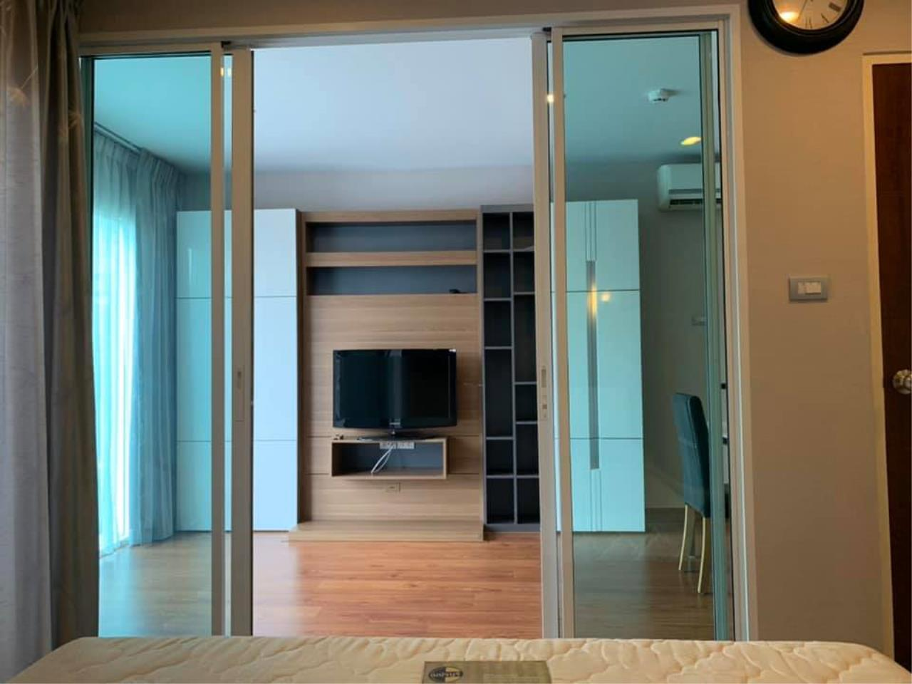 Agent Thawanrat Agency's Condo for rental TOURMALINE GOLD SATHORN – TAKSIN Near BTS.Krung Thon Buri. 1 bedroom,1 bathroom. size 40 sqm.Floor 10 th. fully furnished Ready to move in 6