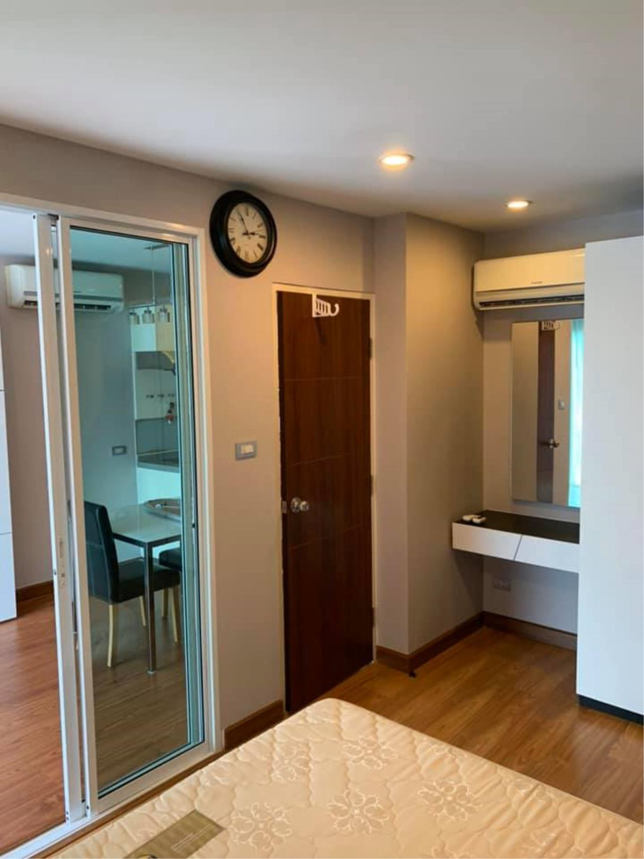 Agent Thawanrat Agency's Condo for rental TOURMALINE GOLD SATHORN – TAKSIN Near BTS.Krung Thon Buri. 1 bedroom,1 bathroom. size 40 sqm.Floor 10 th. fully furnished Ready to move in 13