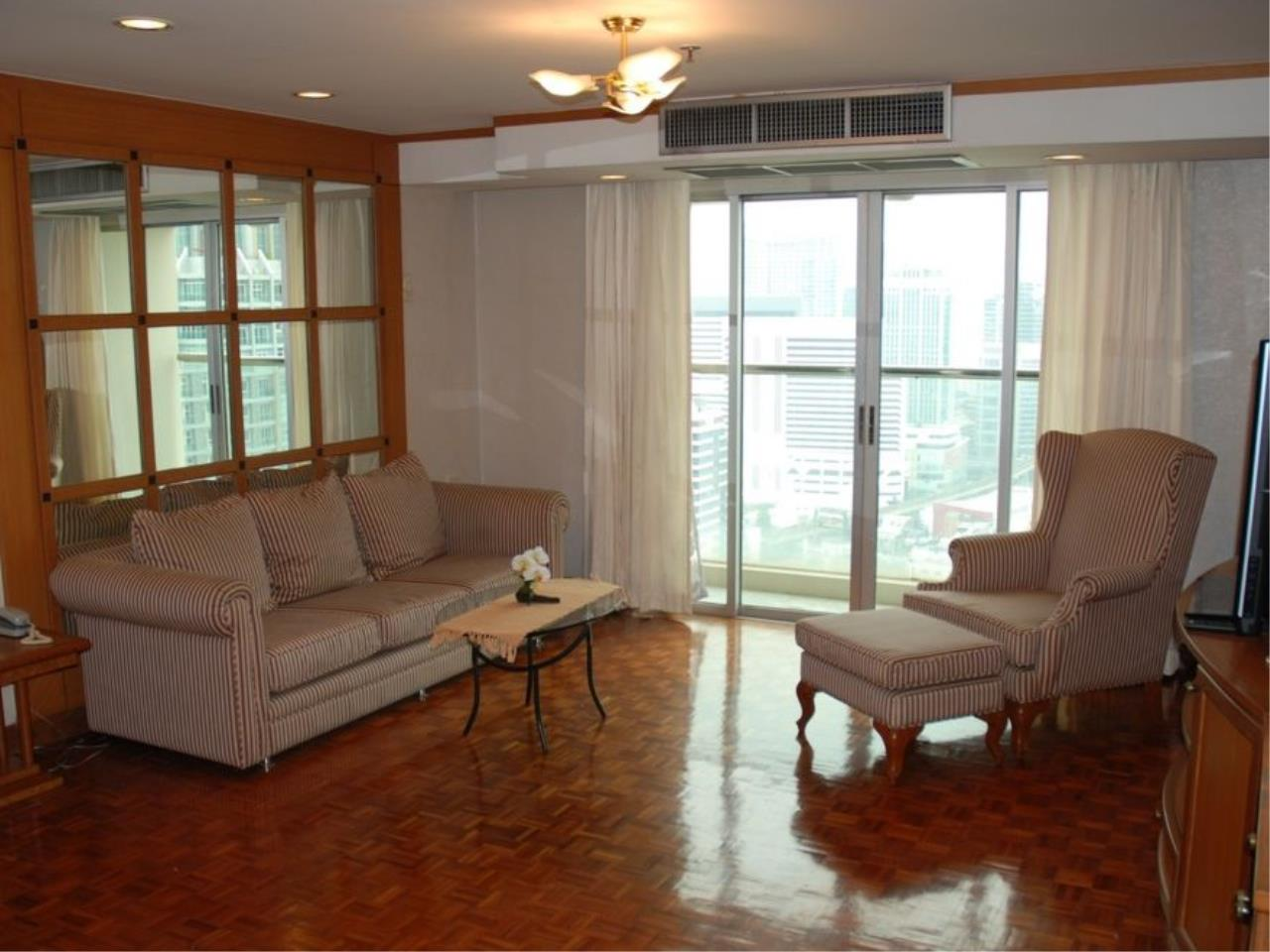 Siam Prop Agency's Shukhumvit Suits Condo for Rent / 1 Bed 1 Bath Shukhumvit Soi 13 / Good deal 19,900/month 3