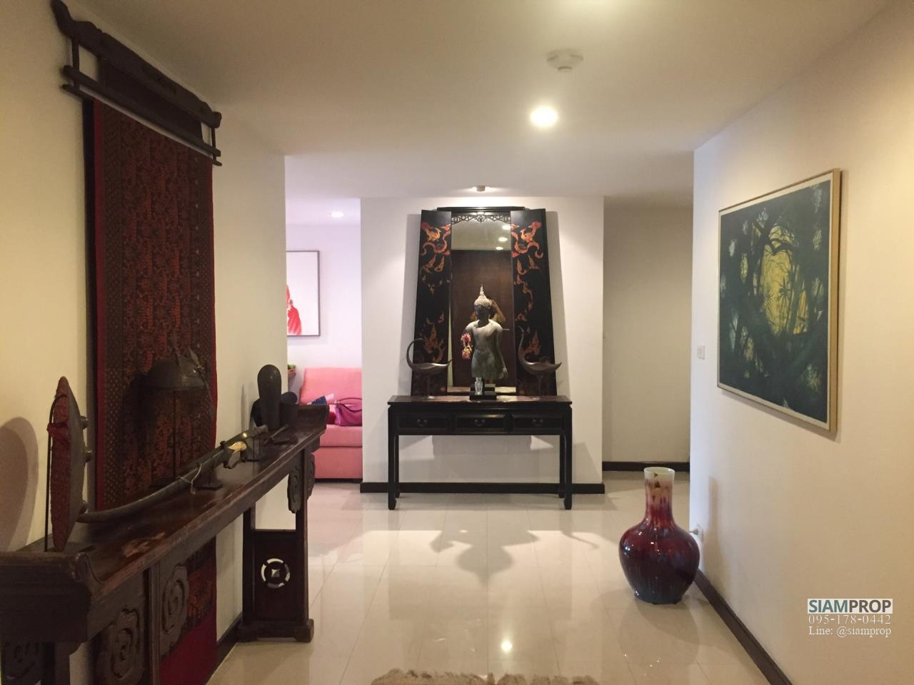 Siam Prop Agency's Avenue 61 Condo for Sale 3 Bedrooms 190 Sqm. Only 19.2MB 2