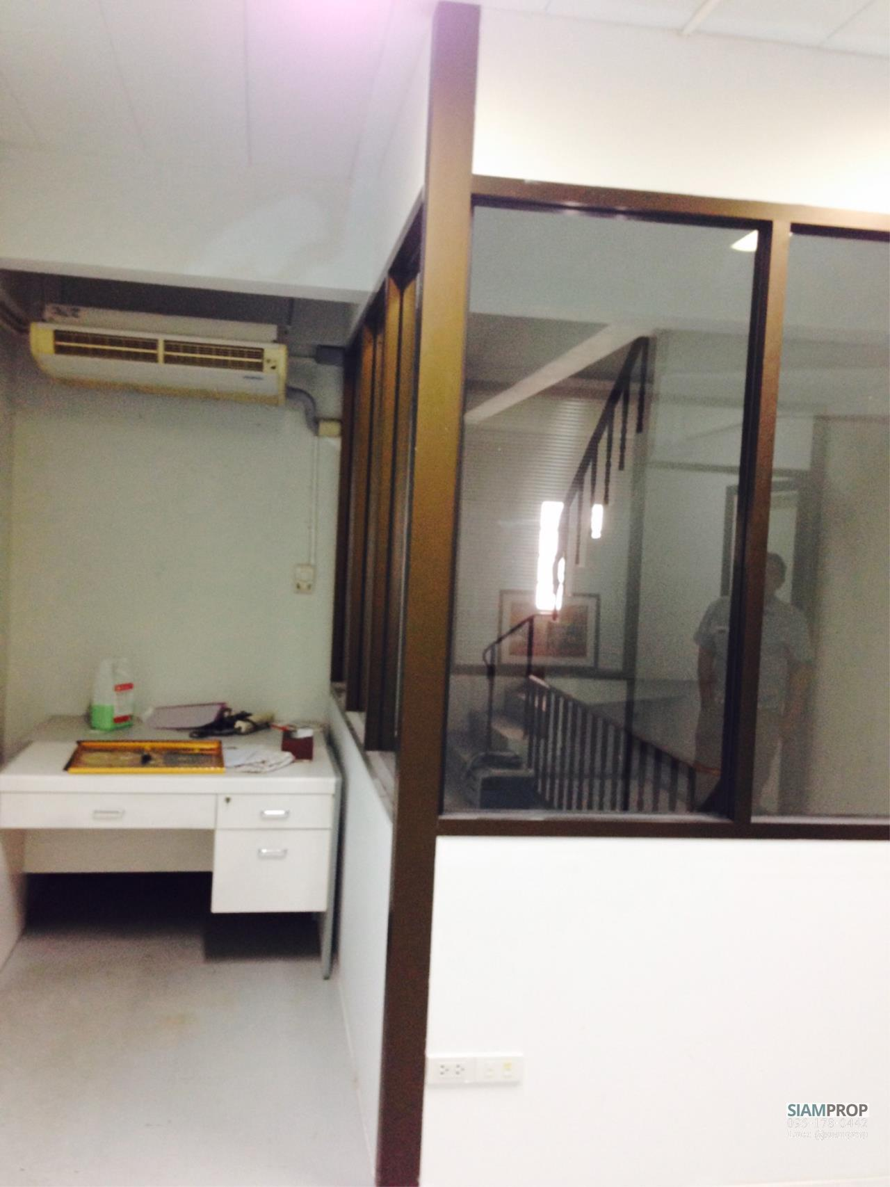 Siam Prop Agency's Home Office For Rent/Sale at Thonburi Complex, Rama 2 Rd. (Rent 20,000/Sale 6.5M) 4
