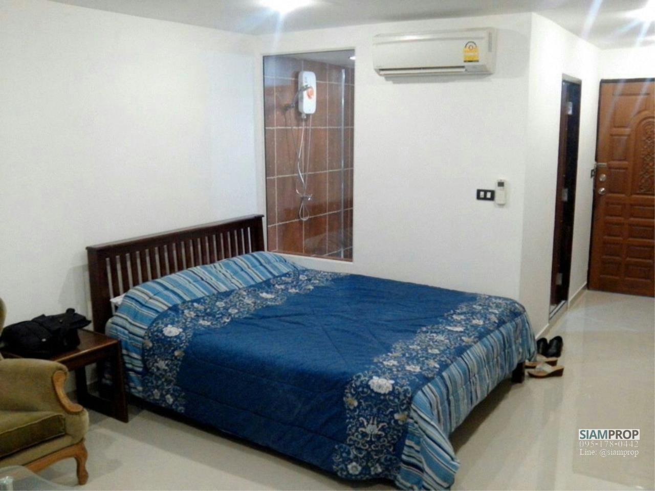 Siam Prop Agency's Sukhumvit Suites Condo, Studio for rent 15,000 Baht Near BTS Nana 3
