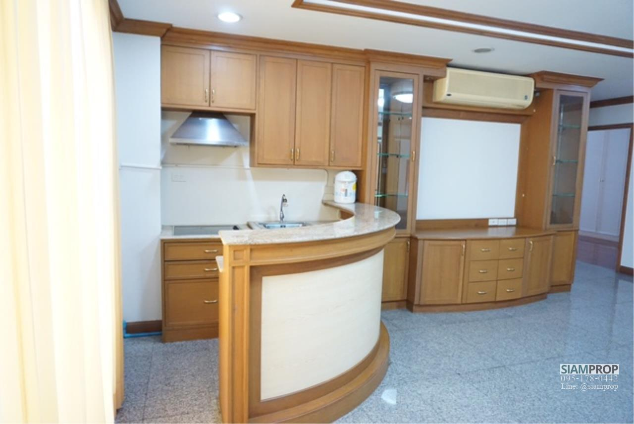 Siam Prop Agency's Big apartment at Sukhumvit 31 for rent 2 bedrooms with 160 Sqm - 45,000 baht 3