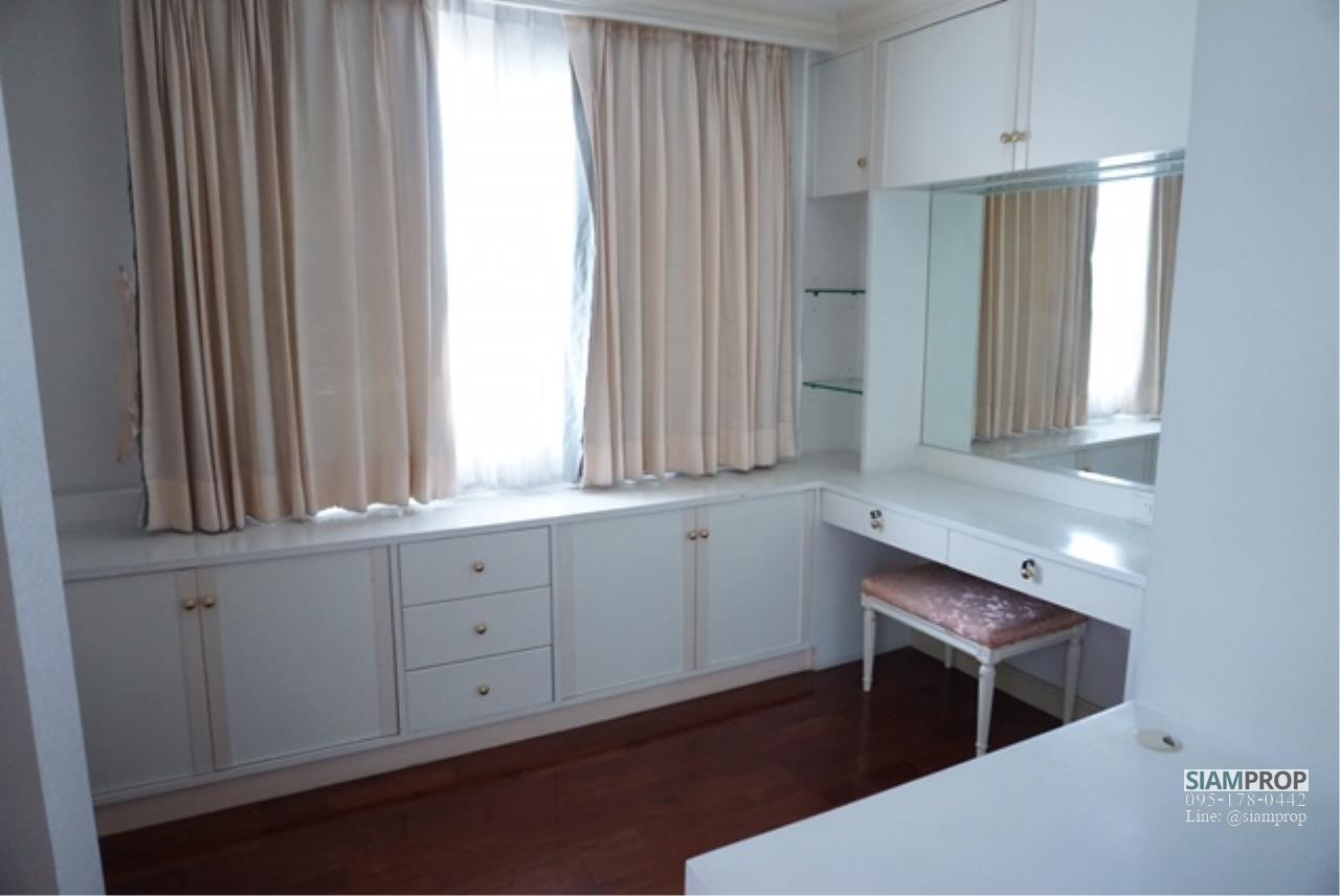 Siam Prop Agency's BIG APARTMENT AT SUKHUMVIT 31 FOR RENT 2 Beds and 3 Baths WITH 240 SQM - 55,000 BAHT 20