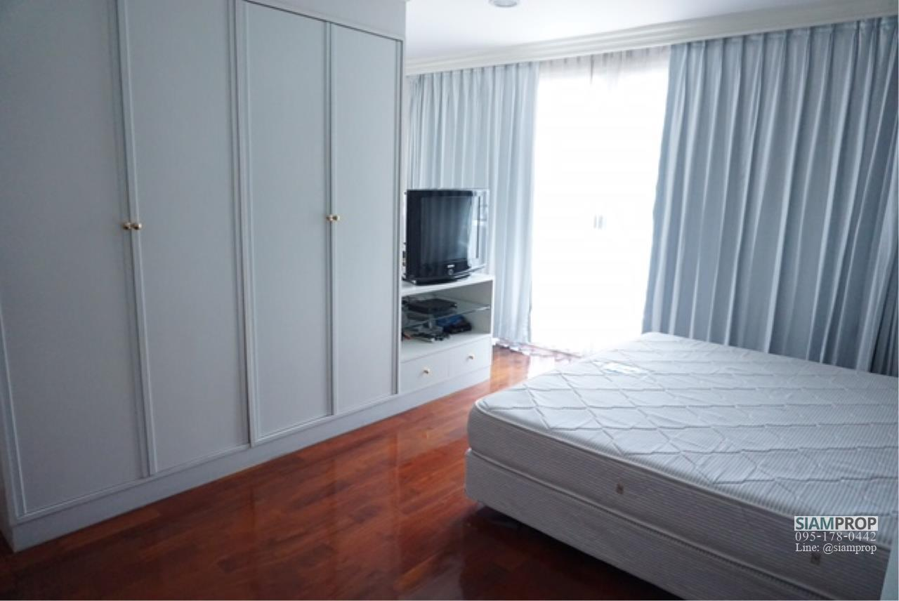 Siam Prop Agency's BIG APARTMENT AT SUKHUMVIT 31 FOR RENT 2 Beds and 3 Baths WITH 240 SQM - 55,000 BAHT 1