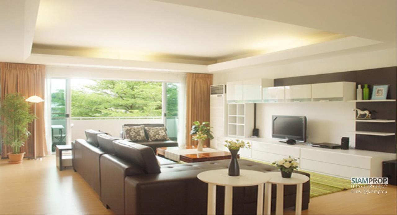 Siam Prop Agency's 2 Beds 120 sqm apartment at Ekamai 12, rent 50,000 Baht  1