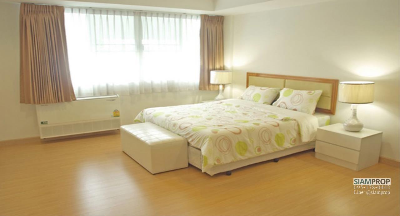 Siam Prop Agency's 2 Beds 120 sqm apartment at Ekamai 12, rent 50,000 Baht  4