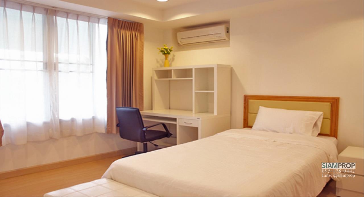Siam Prop Agency's 2 Beds 120 sqm apartment at Ekamai 12, rent 50,000 Baht  5