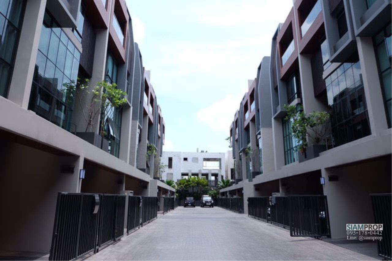 Siam Prop Agency's  Parklane 22 Residence (Ekamai 22) 1