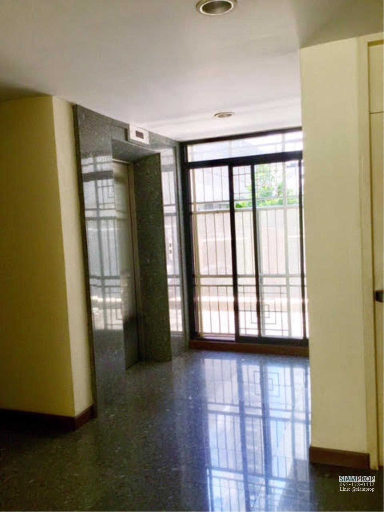 Siam Prop Agency's Green Point Condo - For Sale and Rent 1