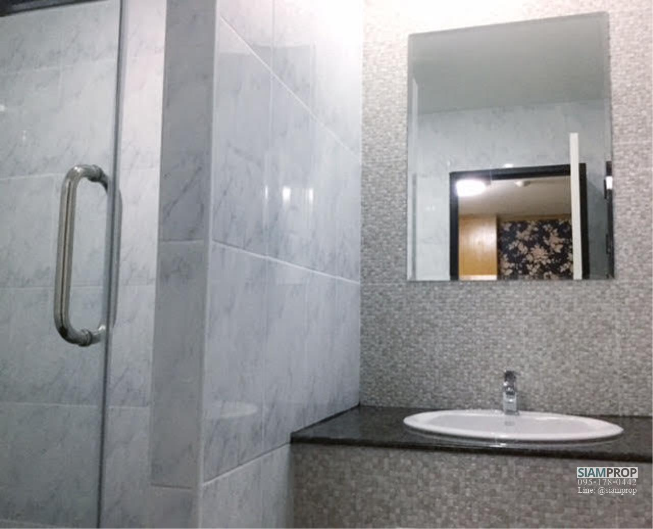 Siam Prop Agency's Green Point Condo - For Sale and Rent 11