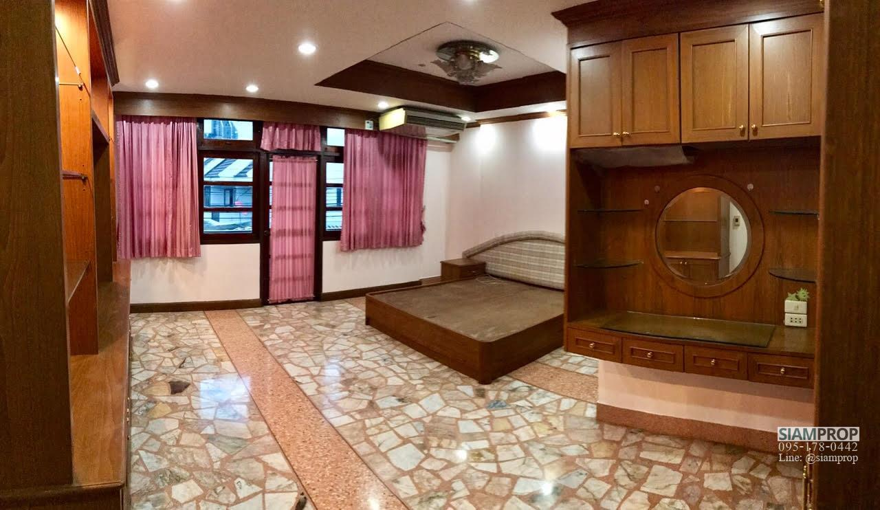Siam Prop Agency's Home Office for Rent, Townhouse in Napalai Housing near BTS bangna, International school, Bitec bangna. 4