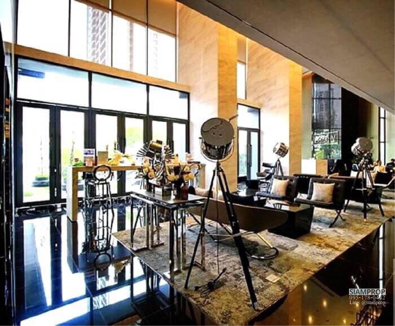 Siam Prop Agency's Rhythm , Asoke , Studio for rent  10