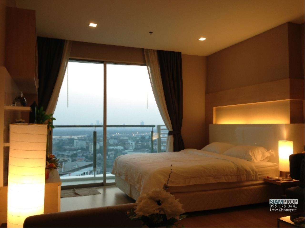 Siam Prop Agency's Sky Walk Studio for Rent 1