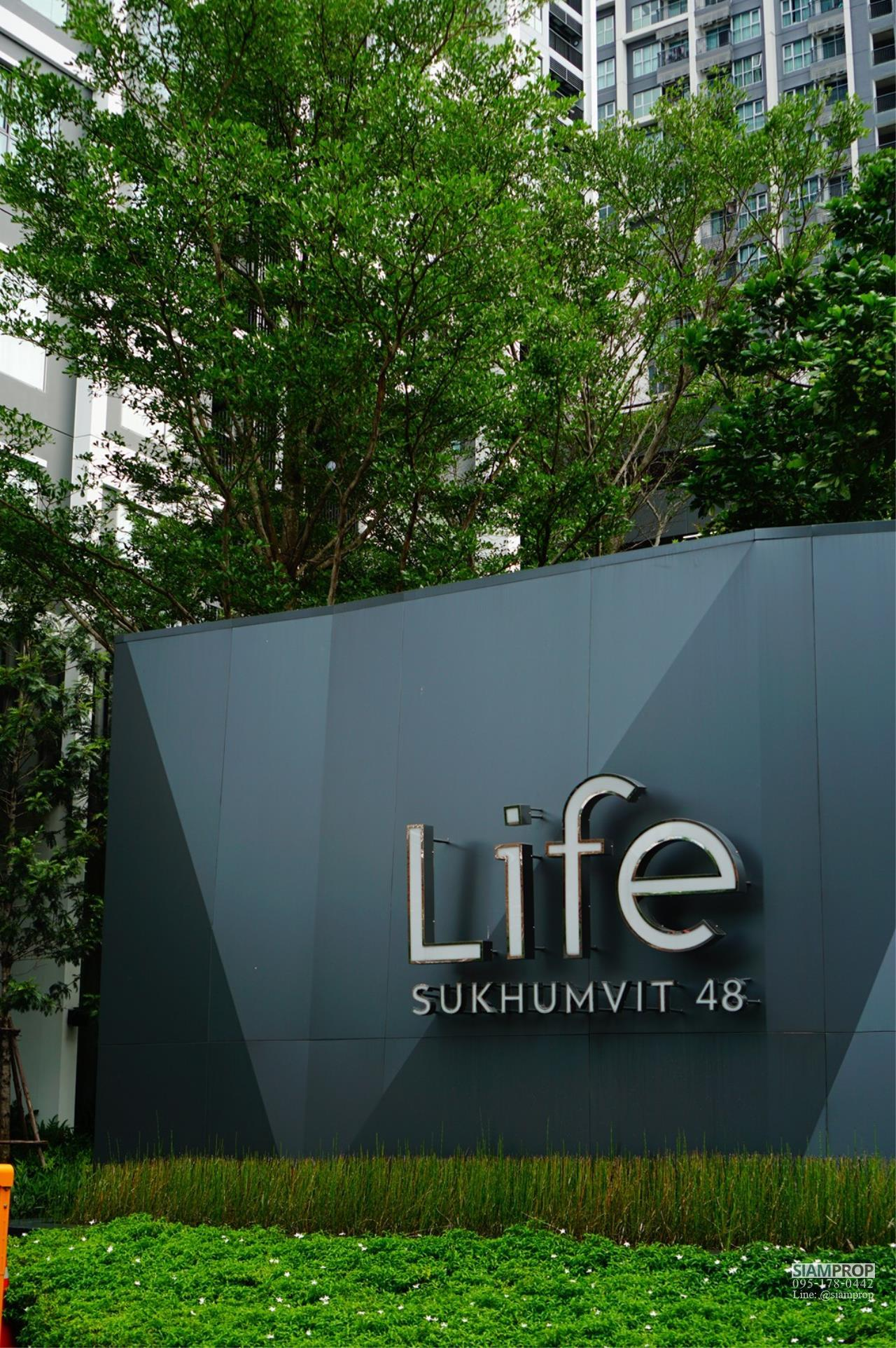 Siam Prop Agency's Life Sukhumvit 48 ,  1 bed  for rent high floor 11