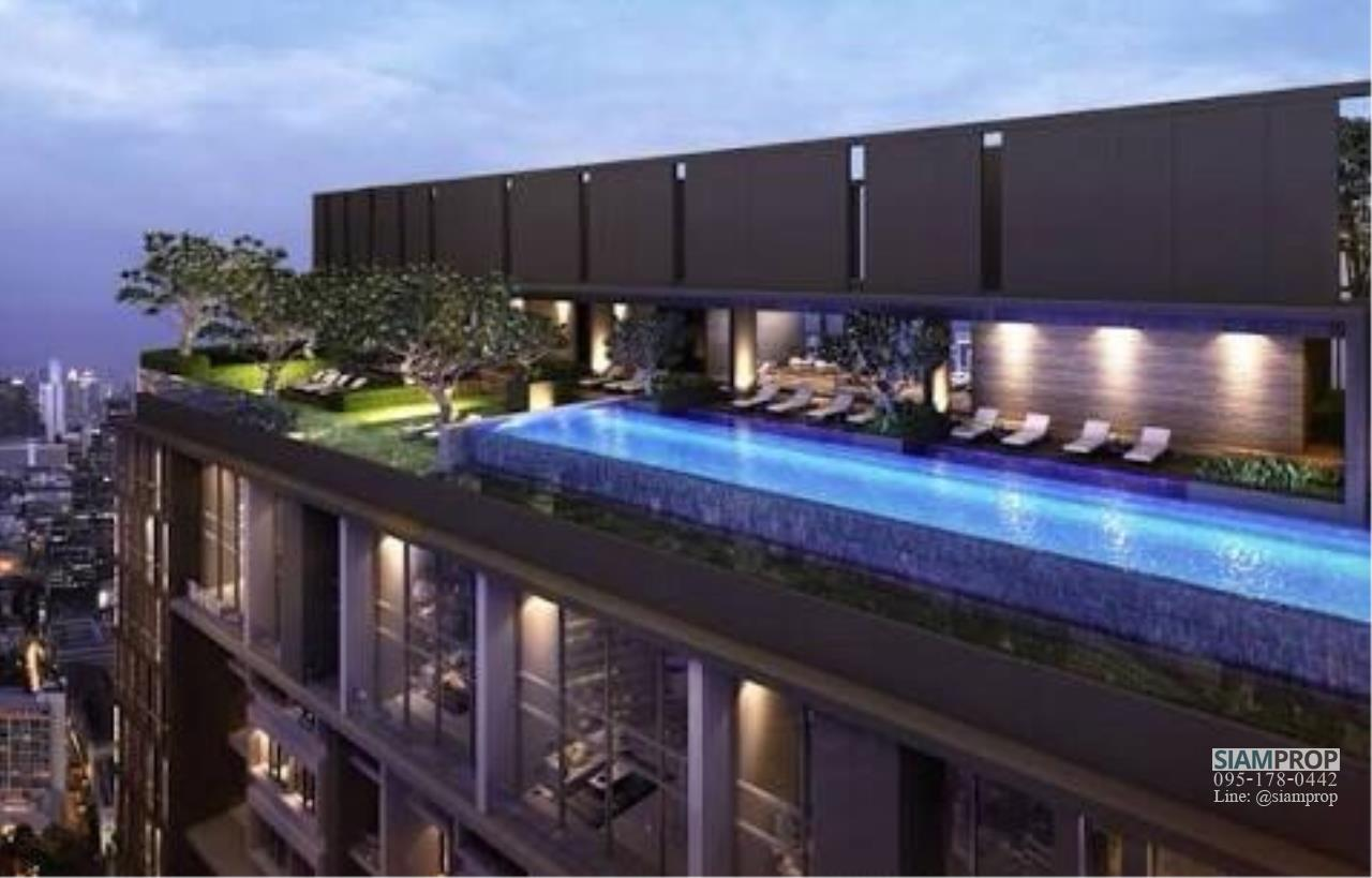 Siam Prop Agency's The Lofts Ekamai, Nice  studio for rent very close to BTS 11