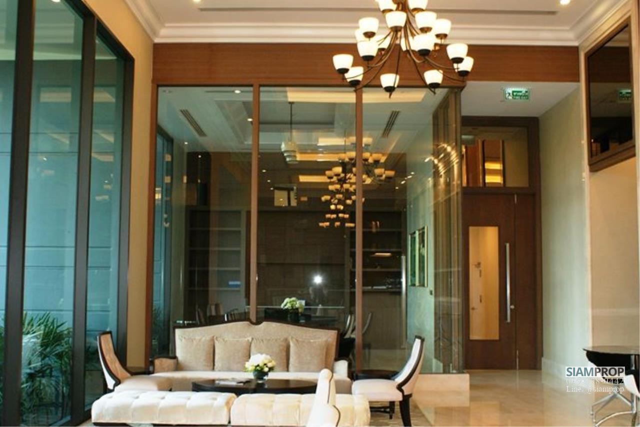 Siam Prop Agency's Villa Asoke 1