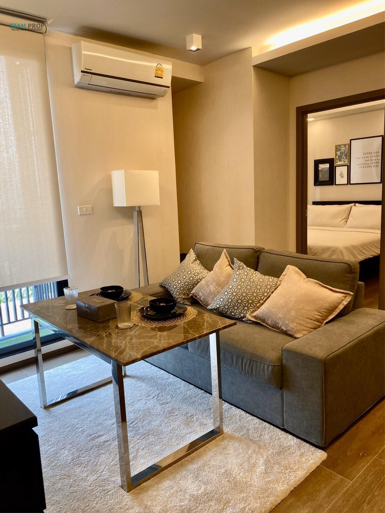 Siam Prop Agency's for rent at The Remarkable, Soi Soonvijai 2 5