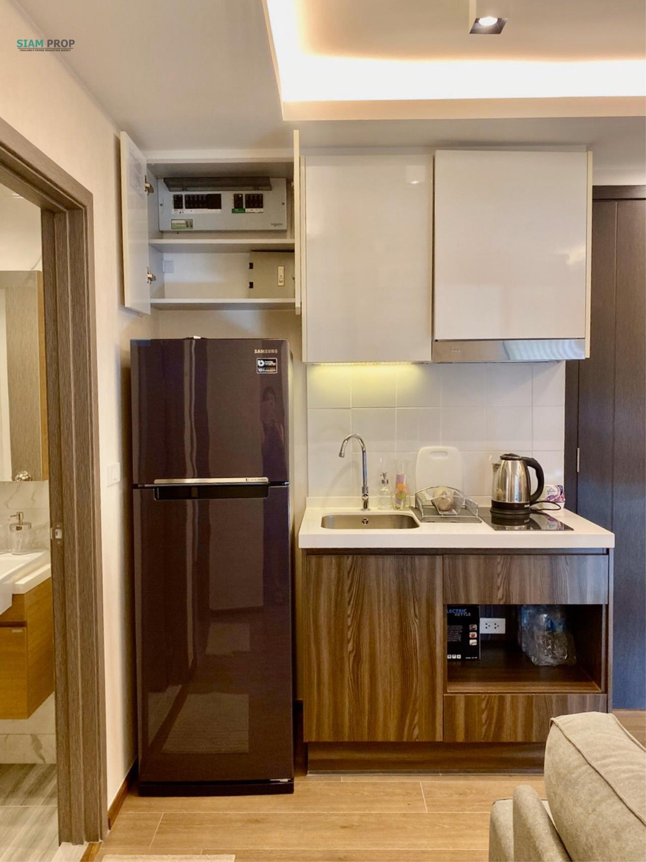Siam Prop Agency's for rent at The Remarkable, Soi Soonvijai 2 3