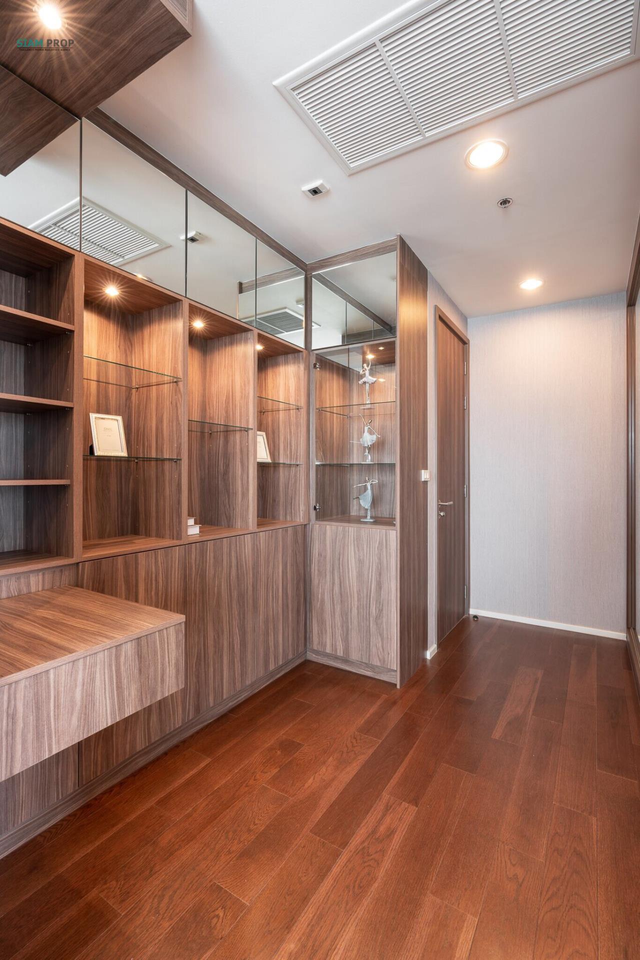Siam Prop Agency's Menam Residence 3 bedroom  4
