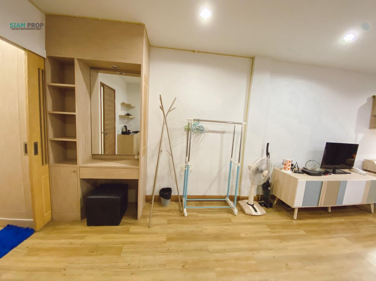 Siam Prop Agency's Room for rent Nearby Aeon Mall 6