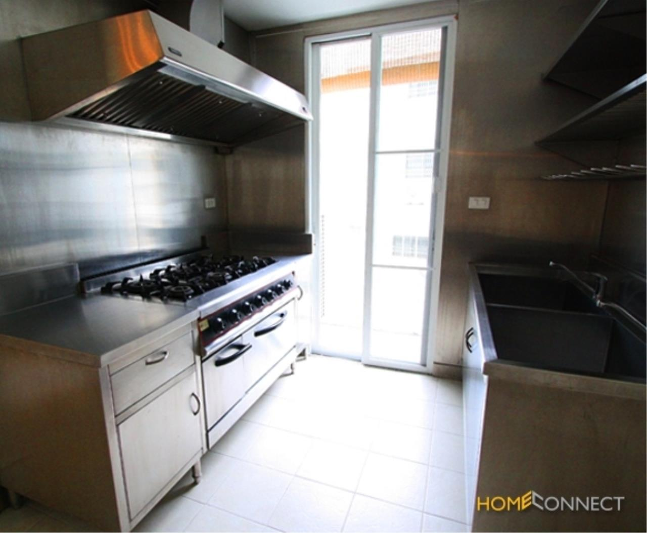 Home Connect Thailand Agency's Apartment in Sathorn for Rent 16