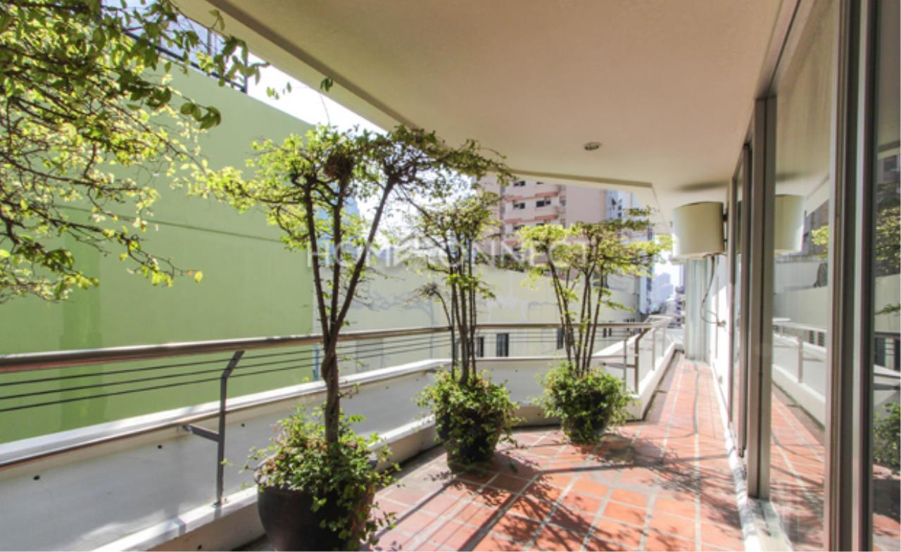 Home Connect Thailand Agency's Ma Peng Seng Condominium for Rent 2