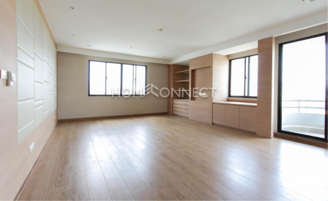 Home Connect Thailand Agency's Charoenjai Place Apartment for Rent 7