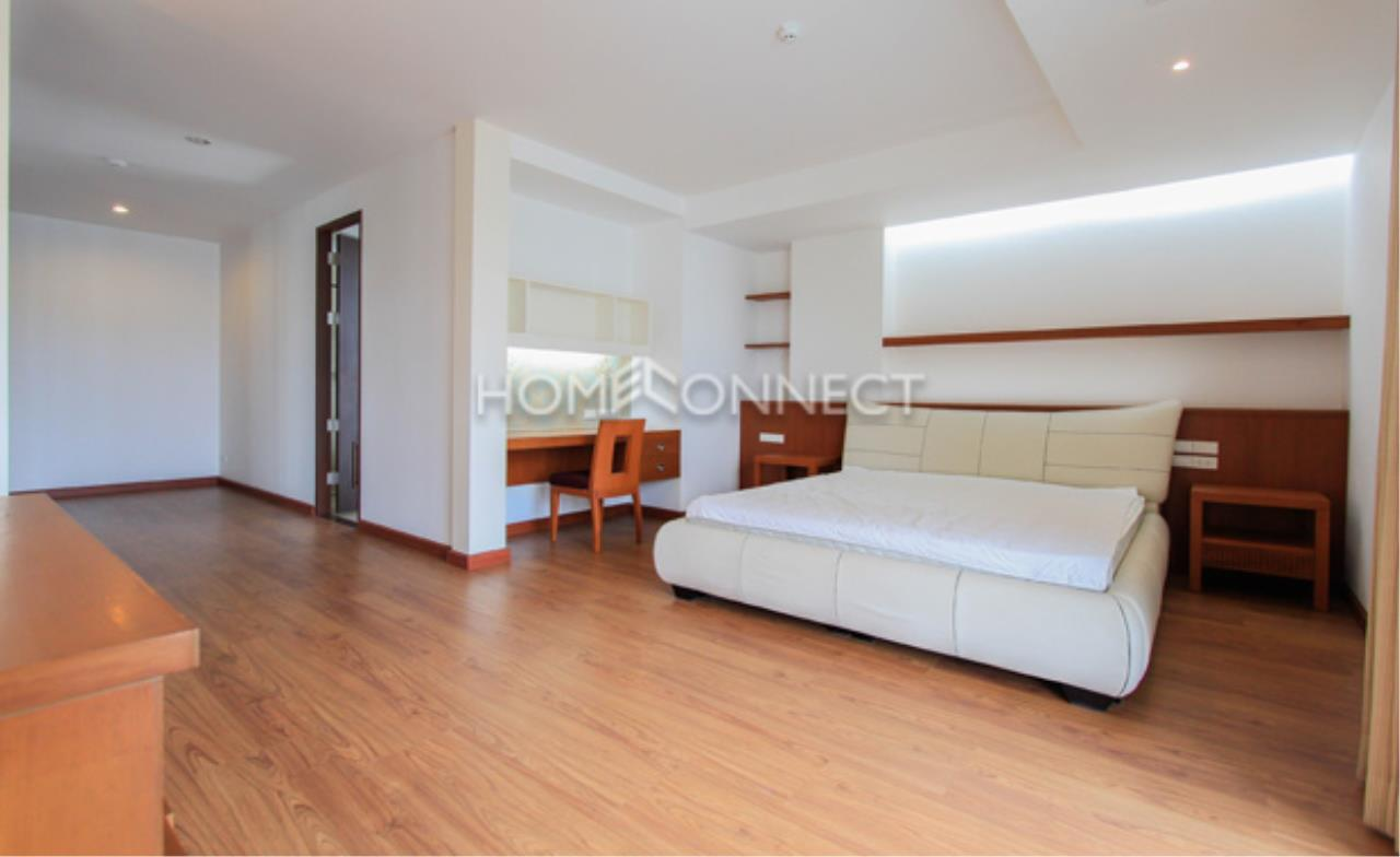 Home Connect Thailand Agency's The Pentacles II Thonglor 25 Condominium for Rent 8