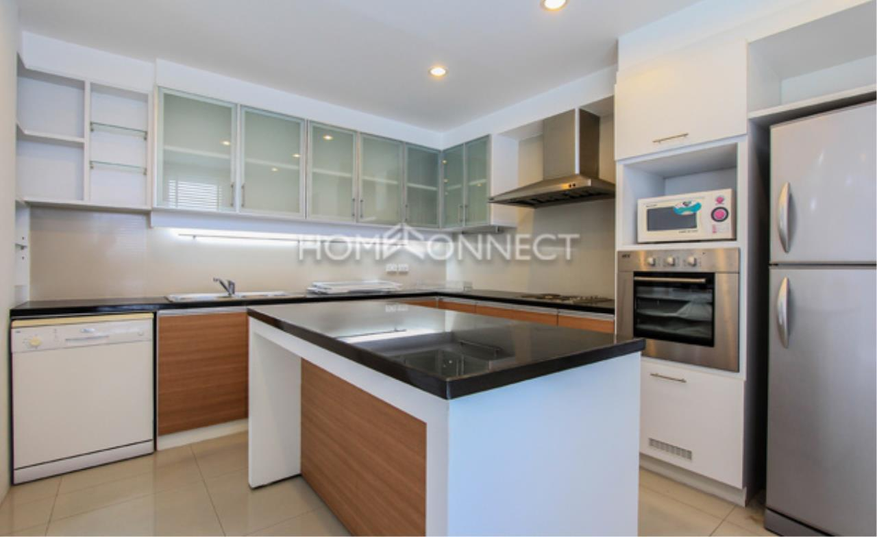 Home Connect Thailand Agency's The Pentacles II Thonglor 25 Condominium for Rent 5