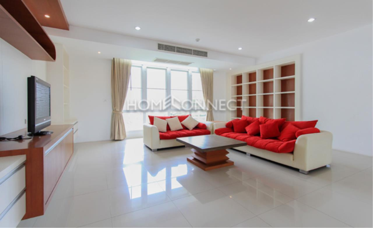 Home Connect Thailand Agency's The Pentacles II Thonglor 25 Condominium for Rent 10