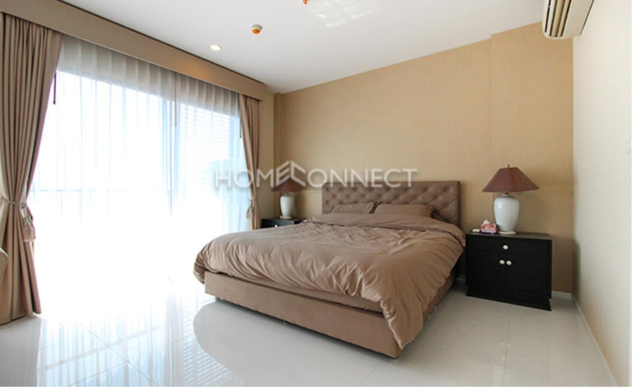 Home Connect Thailand Agency's Hive Taksin Condominium for Rent 5
