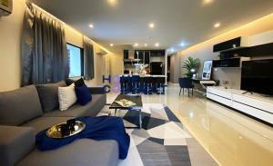 Park Ploenchit Condominium for Rent