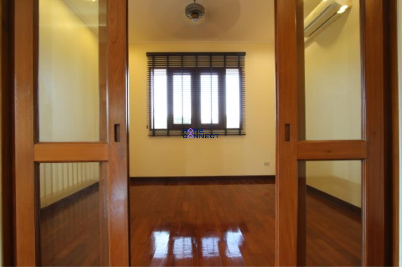 Home Connect Thailand Agency's Moobaan Panya House for Rent 32