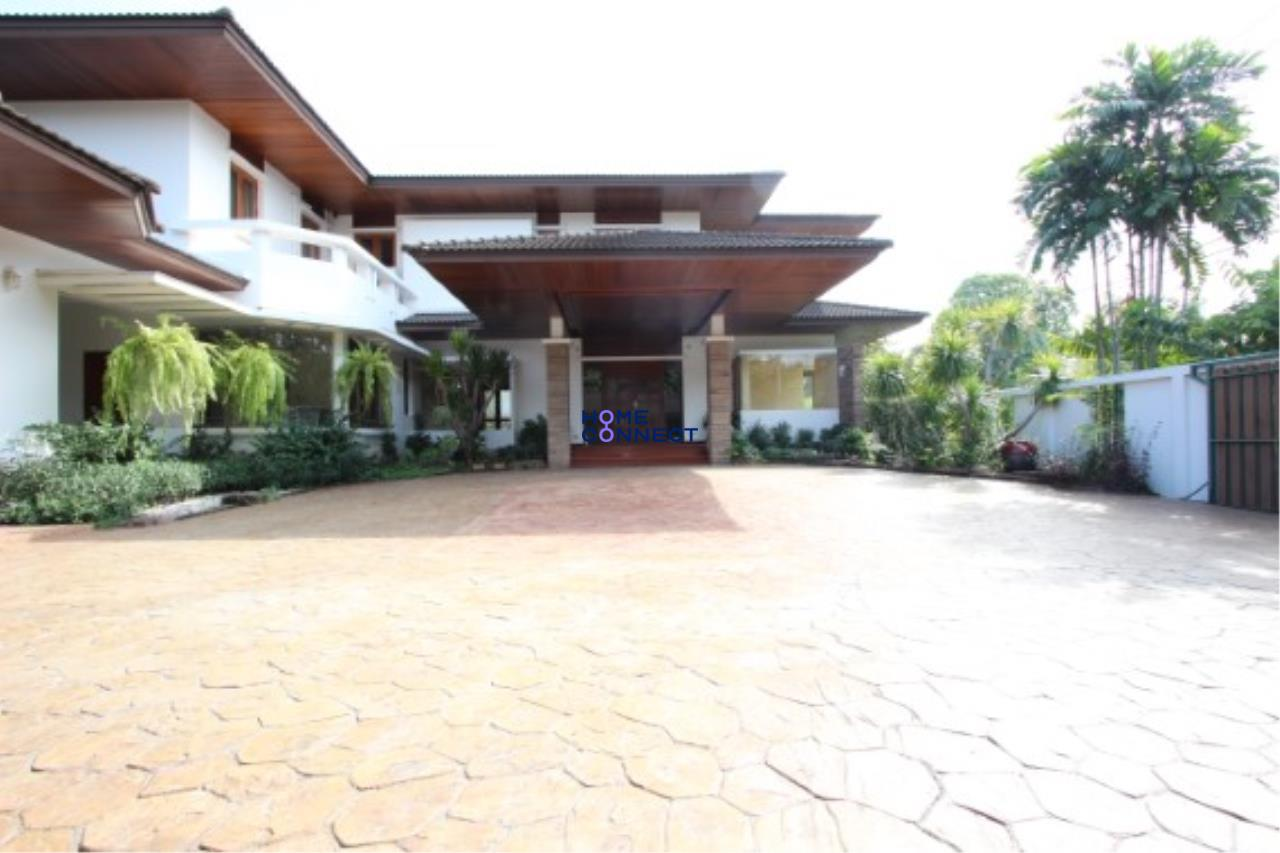 Home Connect Thailand Agency's Moobaan Panya House for Rent 4