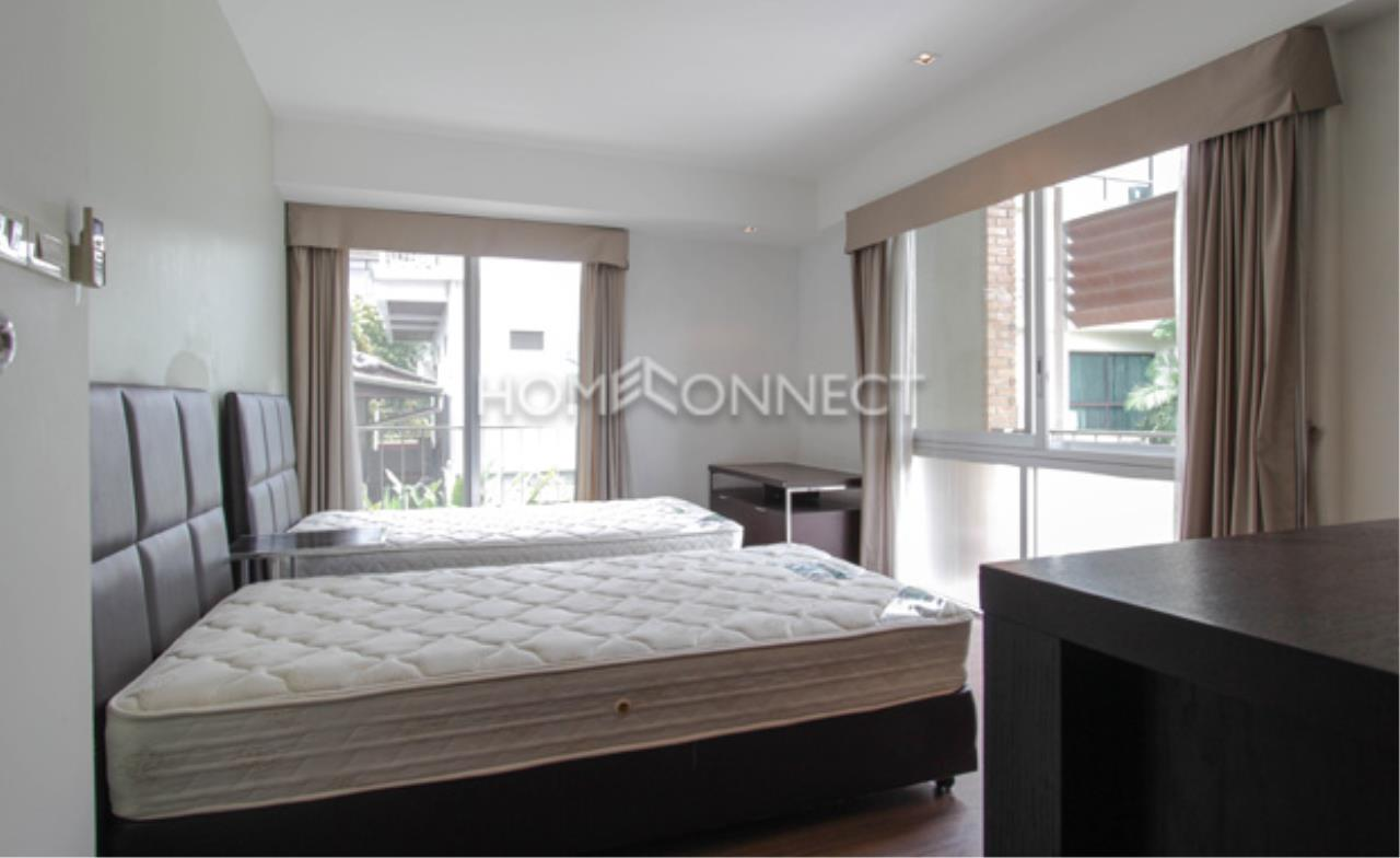 Home Connect Thailand Agency's Baan Rom-Yen Ekamai 2-1 Condominium for Rent 5